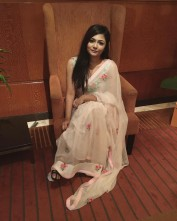 09958397410 Indian Female Escorts