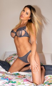 Jade- Cheap Manchester Agency Model, Escorts.cm escort, Bisexual Escorts.cm Escorts